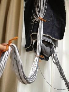 紐をたばねてみる
